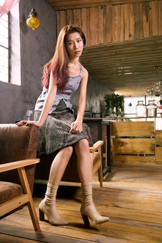 Free stock photo of wood, bench, fashion, person