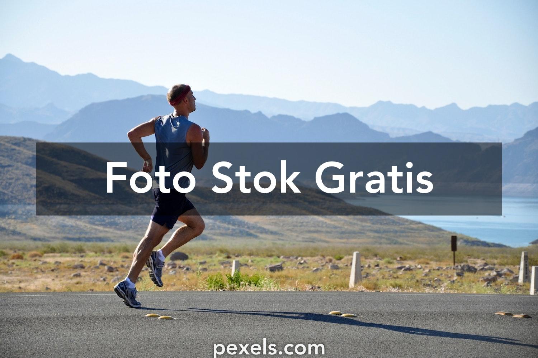500+ Foto Berlari Pexels · Foto Stok Gratis