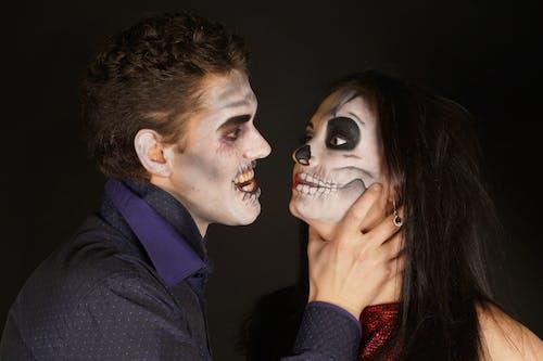 Δωρεάν στοκ φωτογραφιών με halloween, αγάπη, άνδρας, Άνθρωποι