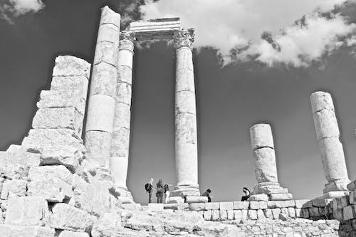 Fotos de stock gratuitas de alto, antiguo, ciudadela de amman, columnas