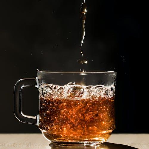 Darmowe zdjęcie z galerii z bąbelki, filiżanka, gorąco, herbata