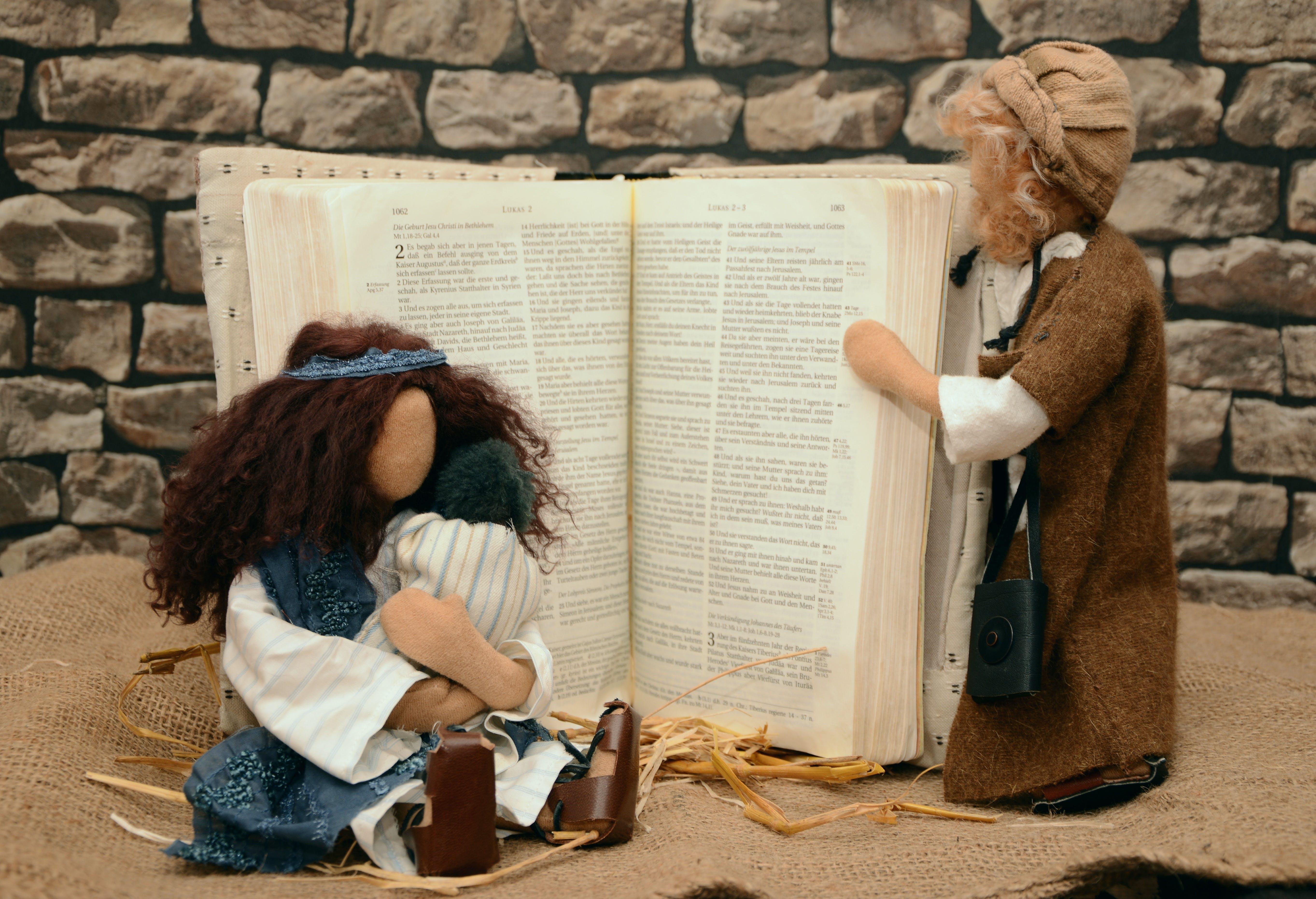 Darmowe zdjęcie z galerii z biblia, chrześcijaństwo, dziecko, ewangelia