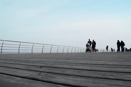 Ingyenes stockfotó család, ég, fából készült, gyalogló témában