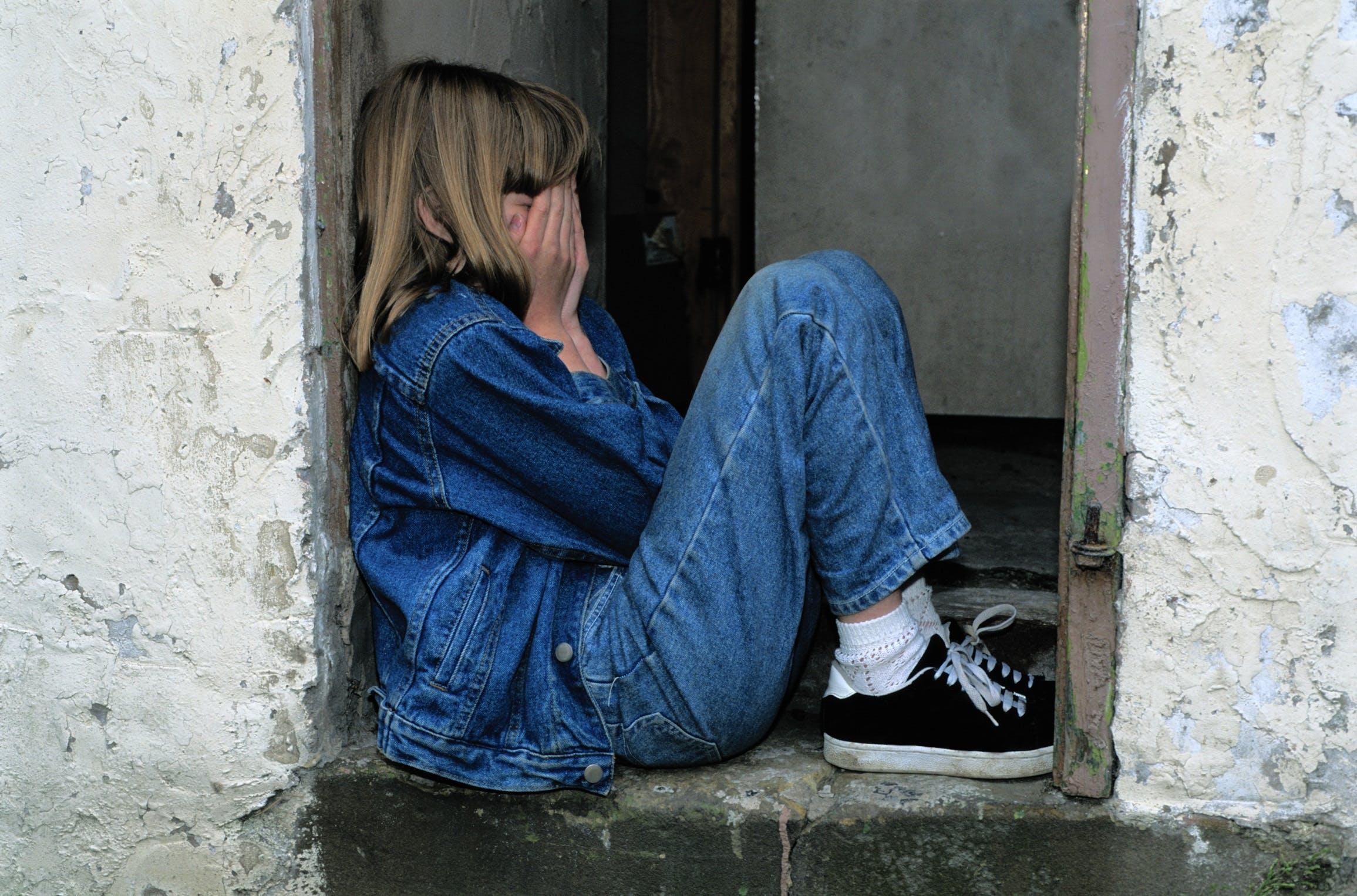 betrübt, einsam, einsamkeit