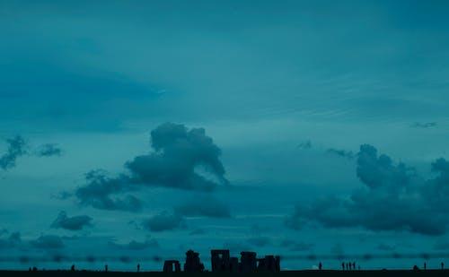 Kostenloses Stock Foto zu himmel, hinterleuchtet, silhouette, stonehenge