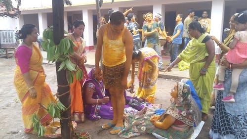 Бесплатное стоковое фото с куркума-паста применяется в качестве брачных ритуалов