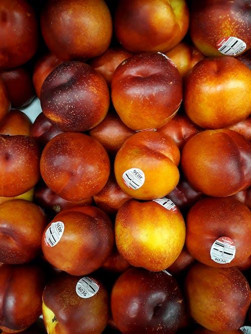 Haufen Pfirsich