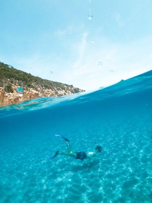 Безкоштовне стокове фото на тему «outdoorchallenge, людина, море, океан»