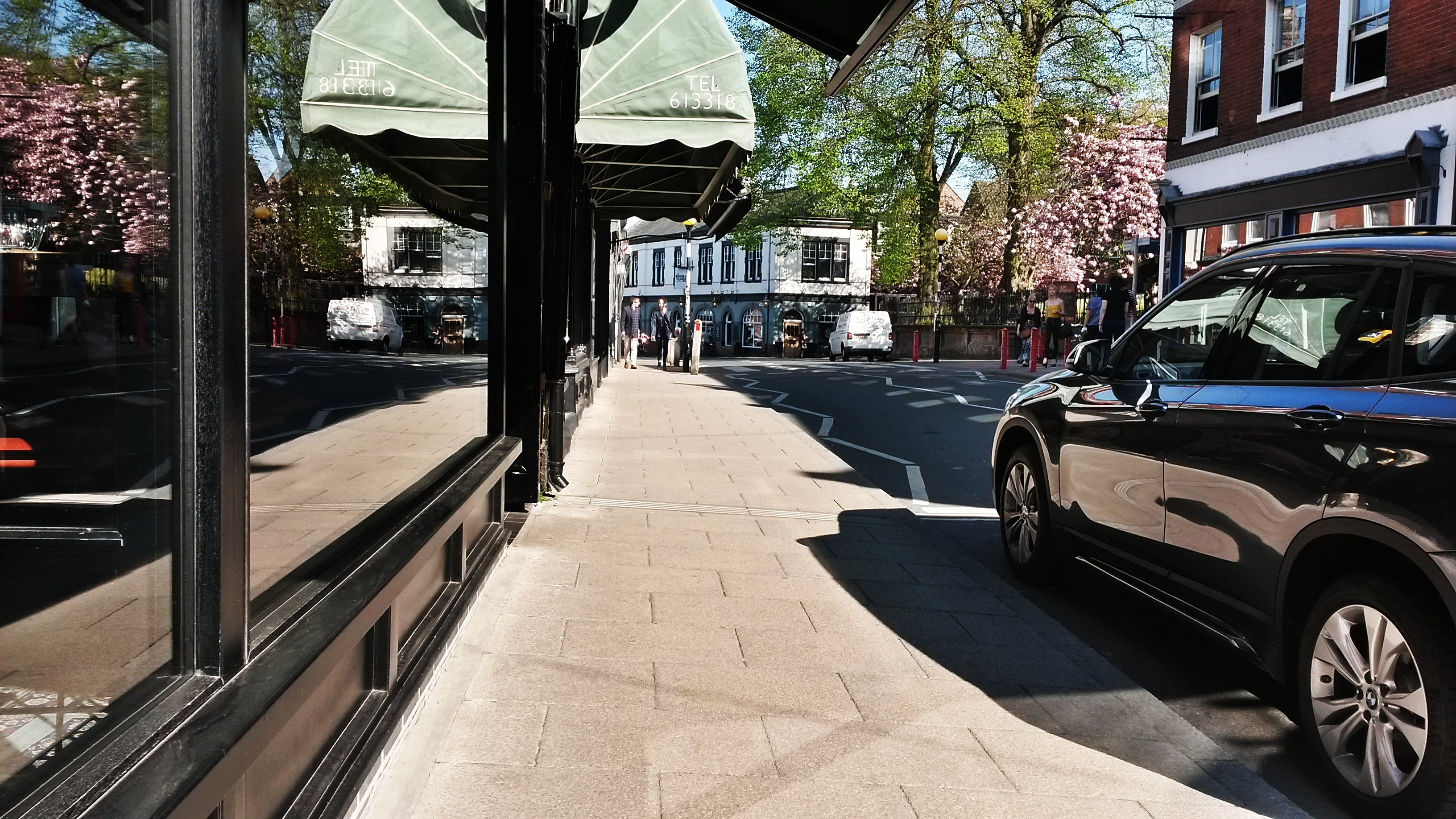 คลังภาพถ่ายฟรี ของ ถนน, ทางเท้า, ร้านค้า, ฤดูใบไม้ผลิ