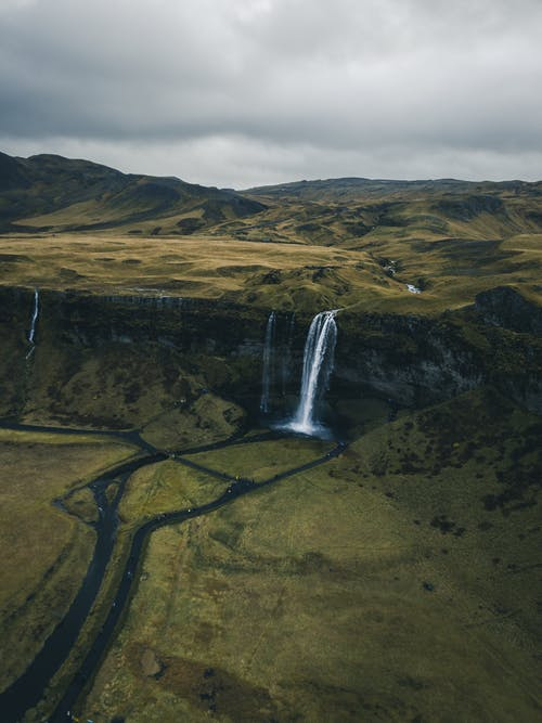 Foto profissional grátis de aerofotografia, ao ar livre, cachoeiras, cascata