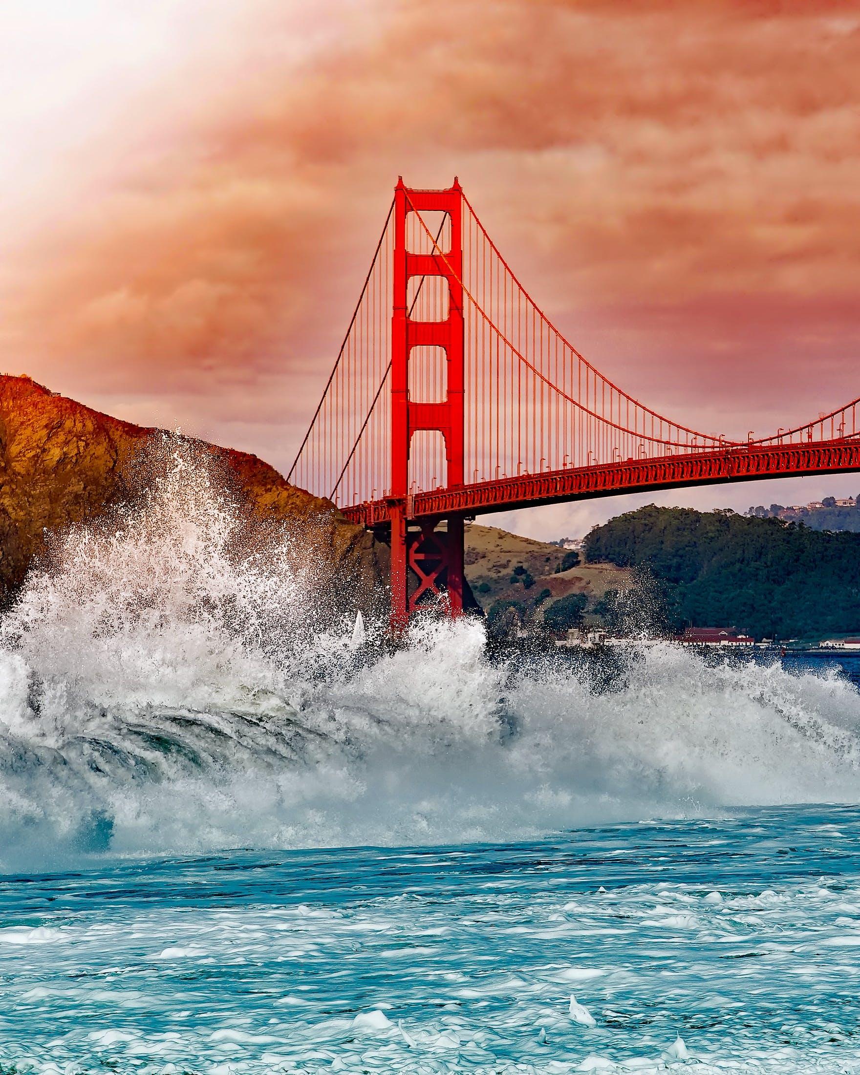Kostenloses Stock Foto zu architektur, bekannt, berge, brücke