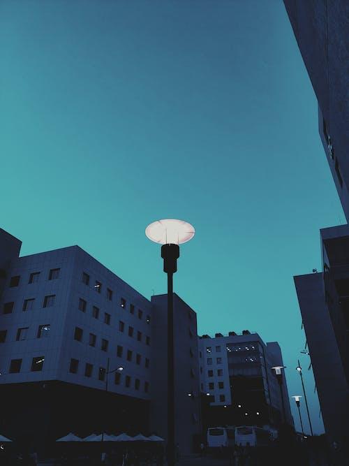 低角度拍攝, 光, 城市, 天空 的 免费素材照片