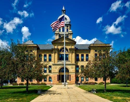 Foto d'estoc gratuïta de arquitectura, Bandera nord-americana, edifici, fita