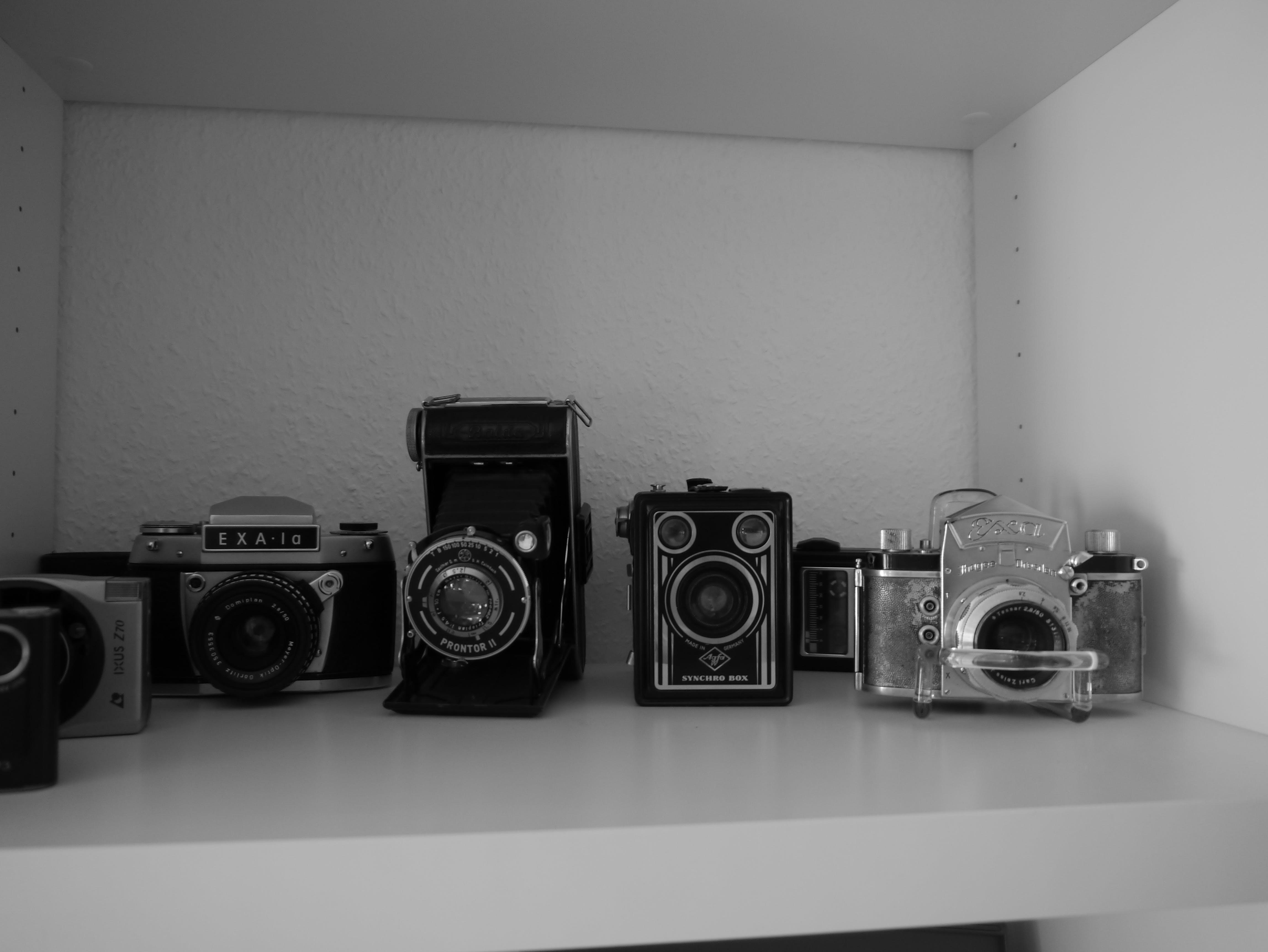 aperture, black and white, brand trademark