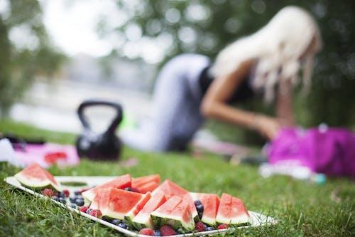 Immagine gratuita di allenamento, anguria, cibo, concentrarsi