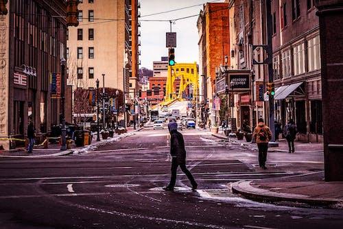 交通, 交通系統, 人, 光 的 免费素材照片