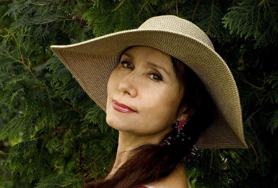 Women's Brown Hat