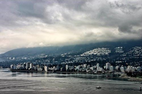 Základová fotografie zdarma na téma město, mraky, šedý den