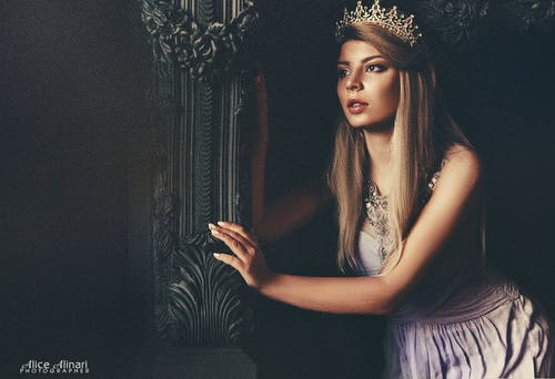 Free stock photo of beauty, blonde, blonde hair, crown