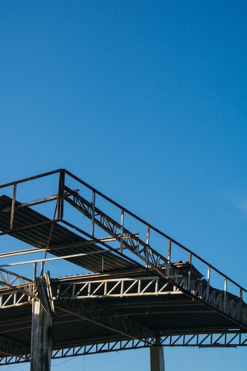 Foto stok gratis Arsitektur, baja, bangunan, besar