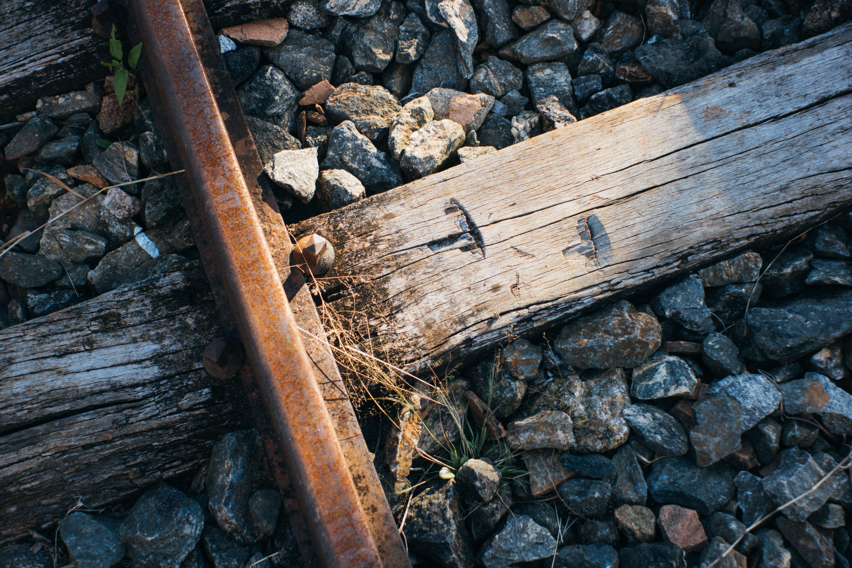 Fotobanka sbezplatnými fotkami na tému hrdzavý, skaly, železnica