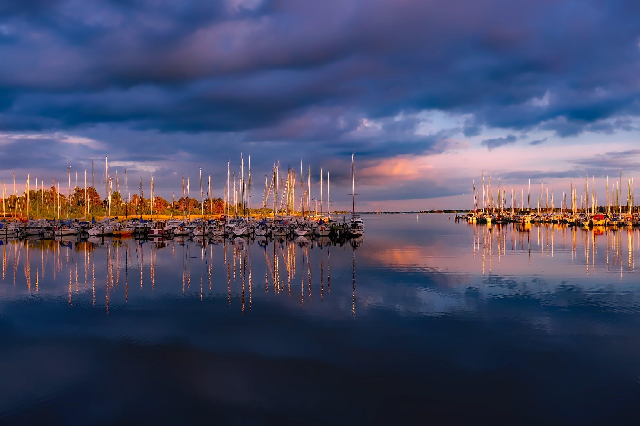 Foto stok gratis air, awan, bahtera, laut
