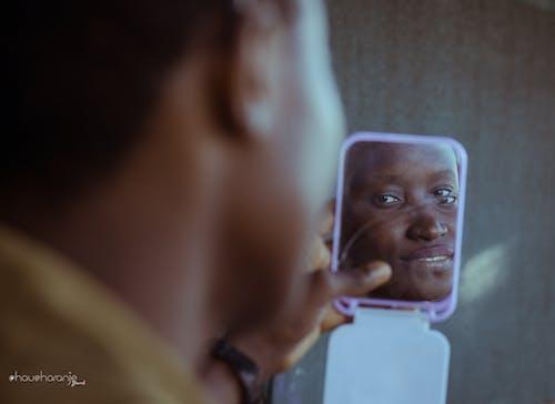 Δωρεάν στοκ φωτογραφιών με chaucharanje μάρκα, δύση του ηλίου, κορίτσι από την αφρική, όμορφα μάτια