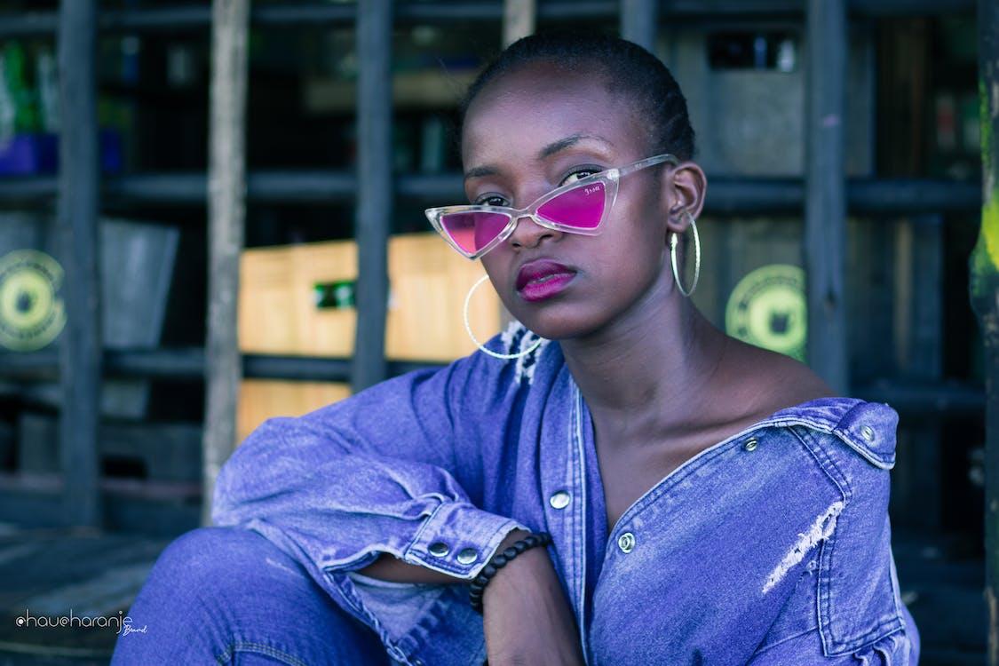 afrikaans meisje, chaucharanje merk, kunst