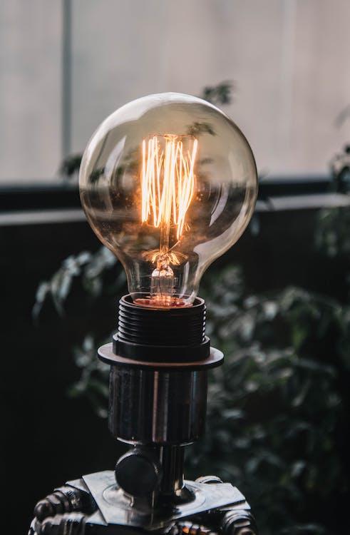 Clear Light Bulb Photo
