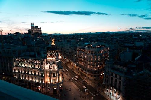 Fotos de stock gratuitas de amanecer, anochecer, arquitectura, ciudad