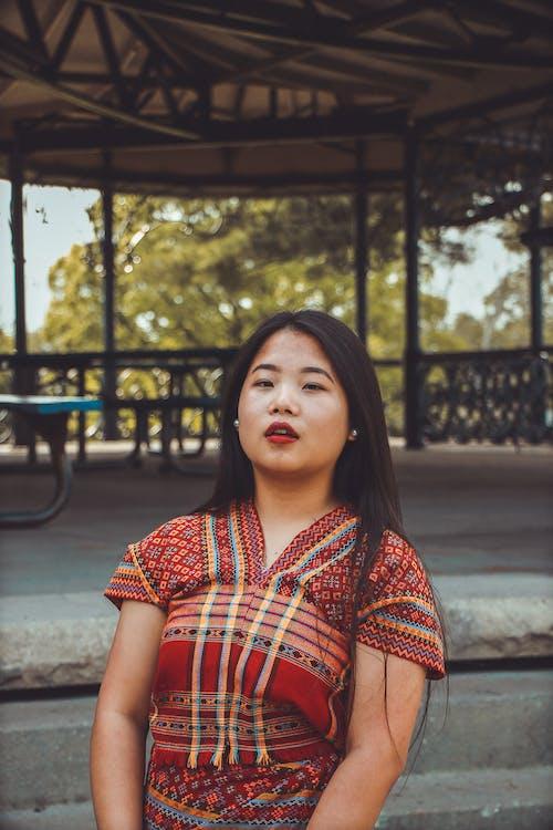 Ingyenes stockfotó áll, álló kép, arckifejezés, ázsiai nő témában