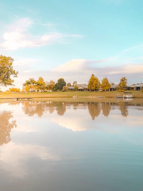 Gratis stockfoto met gebied met water, meer, reflectie, vijver