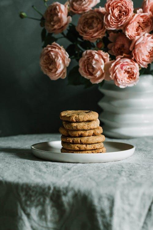 Photos gratuites de aliments, artisanal, biscuits, biscuits aux pépites de chocolat
