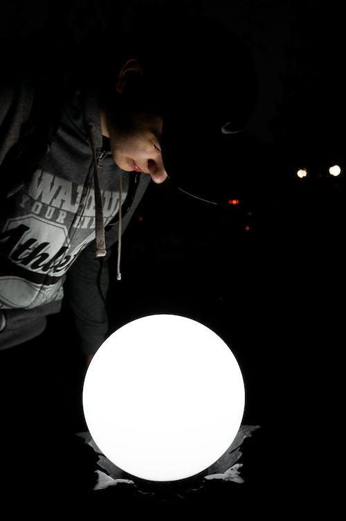 Základová fotografie zdarma na téma dolů, lampa, lehký, lesk