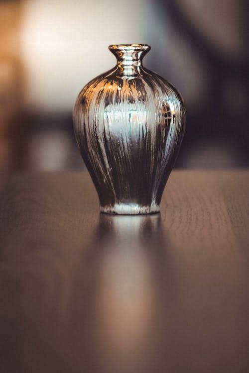 Darmowe zdjęcie z galerii z antyczny, błyszczący, ciemny, drewno