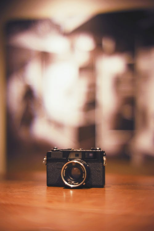 Foto d'estoc gratuïta de càmera, clàssic, concentrar-se, desenfocament