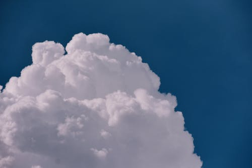 Gratis lagerfoto af atmosfære, blå himmel, dramatisk, himlen