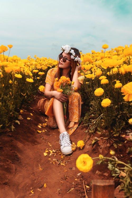 Kostenloses Stock Foto zu blumen, blumenkrone, draußen, fashion