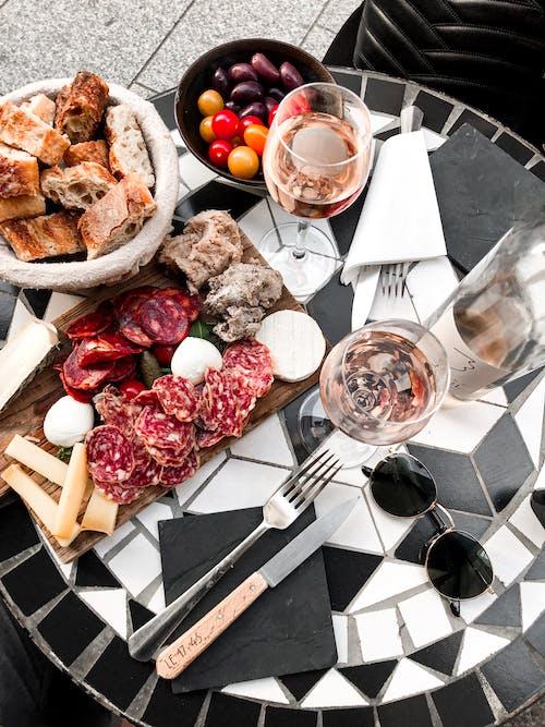 Foto stok gratis camilan, Gelas anggur, hidangan, lezat