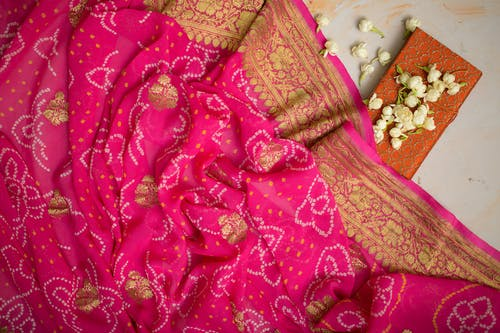 คลังภาพถ่ายฟรี ของ ดอกไม้, ผ้า, ผ้าพันคอ, สิ่งทอ