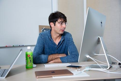 Free stock photo of desk, laptop, Lee Hnetinka, office