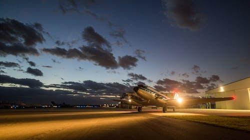 Kostnadsfri bild av aviate, avstamp, flyg, flygbolag