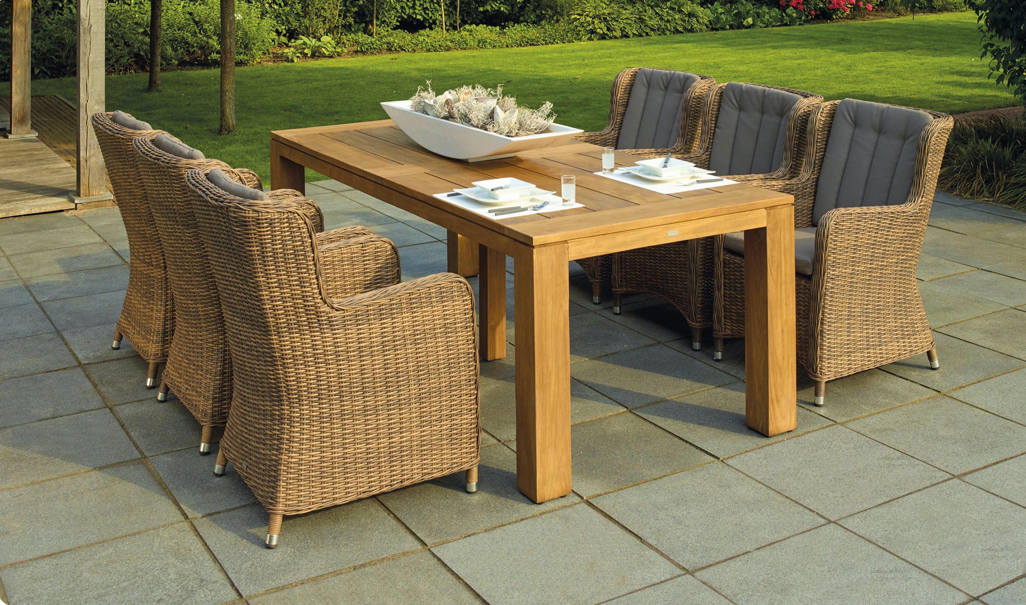 Best Outdoor Furniture for Oceanfront