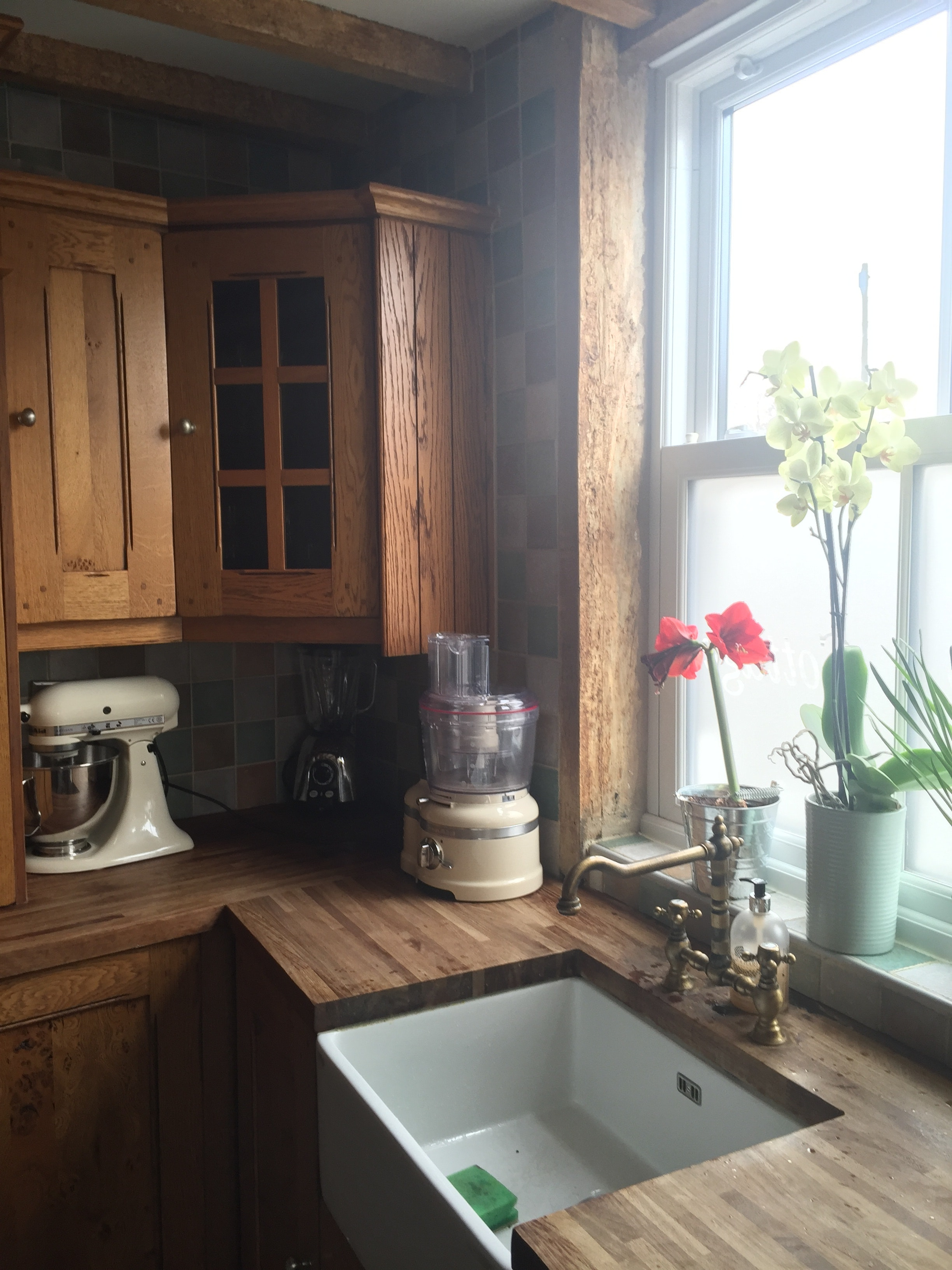 Free stock photo of Kitchen window cottage rustic window