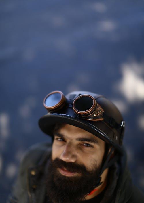 Безкоштовне стокове фото на тему «борода, волосся на обличчі, захисні Окуляри, людина»