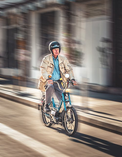 Ingyenes stockfotó bicikli, biciklis, biciklizik, Férfi témában