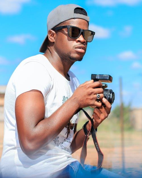 คลังภาพถ่ายฟรี ของ กล้อง, ชายชาวแอฟริกันอเมริกัน, ชายผิวดำ, ช่างภาพ