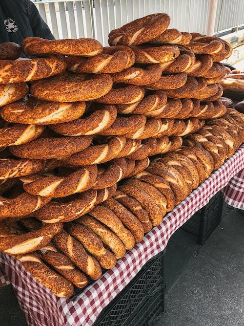 Ilmainen kuvapankkikuva tunnisteilla Aamiainen, herkullista, leipomo, leivän renkaat