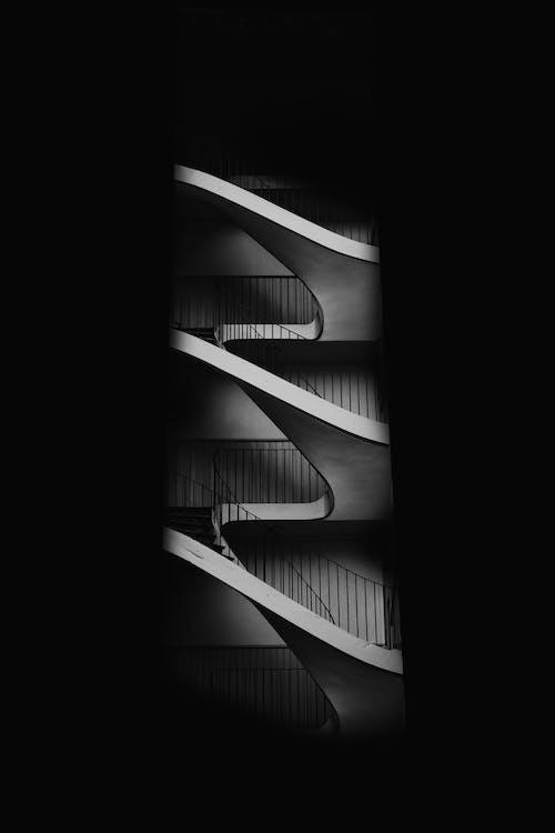 Ilmainen kuvapankkikuva tunnisteilla abstrakti, arkkitehtuuri, askel, harmaasävyt