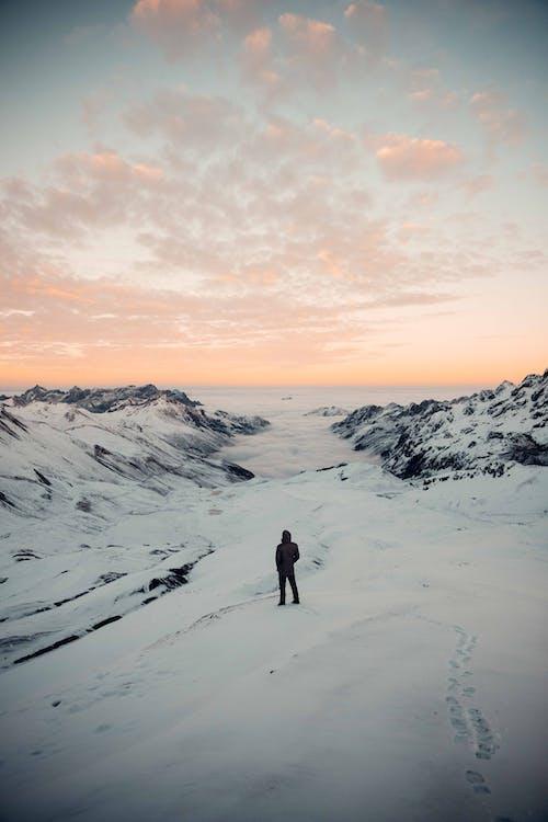 a l'aire lliure, alba, aventura